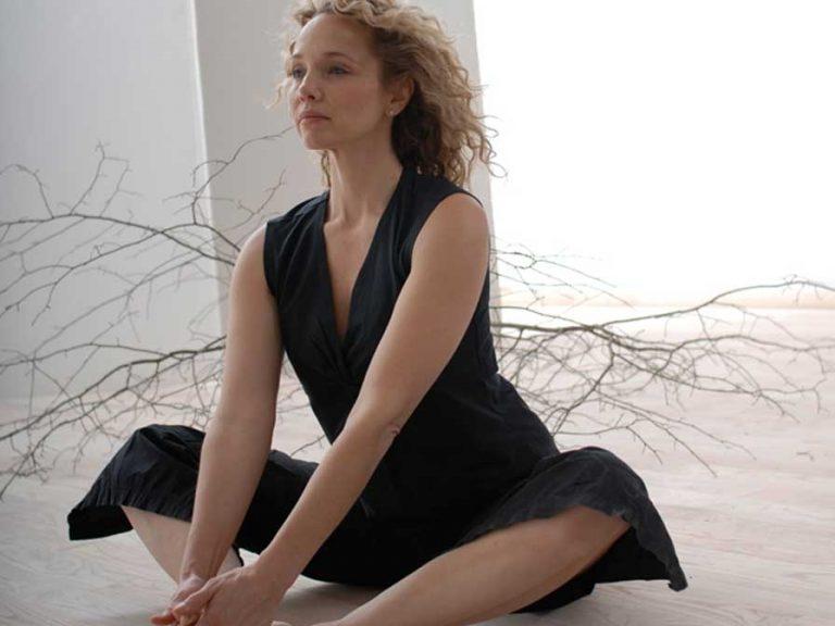 Йога зона - упражнения за отслабване за начинаещи..