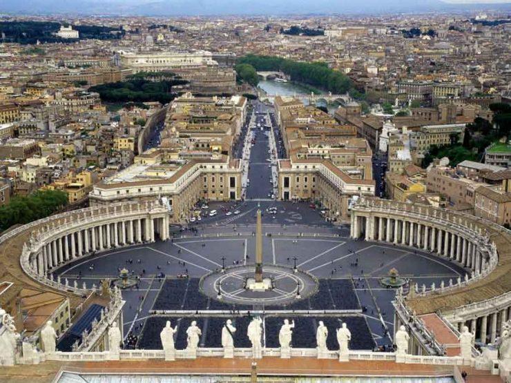 Ватикана и Свети Петър